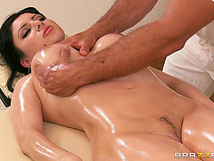 Brunette Gets Massage And Fucked By Oiled Up Masseuse