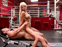 Skinny blonde bitch with fake big tits fucked in the gym