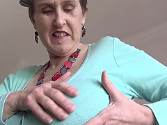 Moans as mature granny pleasure herself with vibrator