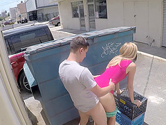 Alexa Grace agrees to have a doggy session next to the dumpster