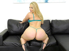 Alexis Texas takes off her lingerie for a hot masturbation session
