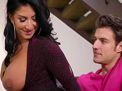 Busty Raven Hart likes to suck every inch of a big fat pecker