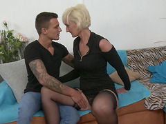 Tattooed guy talked blonde cougar Marnie into pleasing his dick