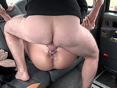 Taxi driver spreads legs of hot brunette for his big penis in the car