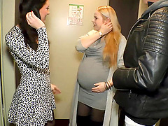 German pregnant mom mother do homemade threesome ffm