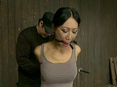 Petite Tia Ling gets tied up and then toyed in hot BDSM vid